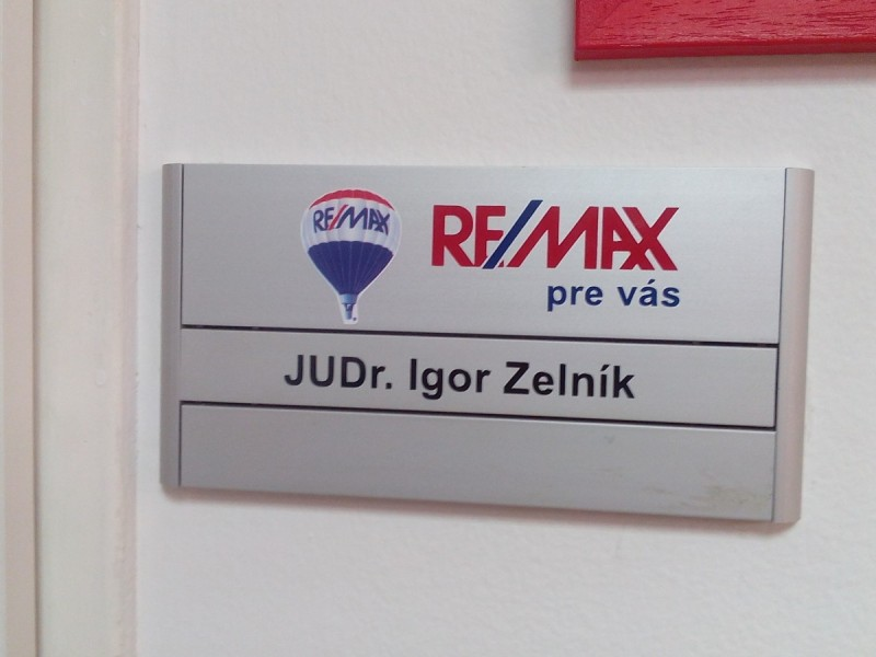 slim_remax