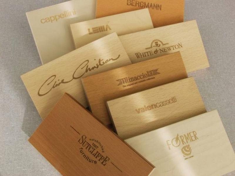 drevené vizitky